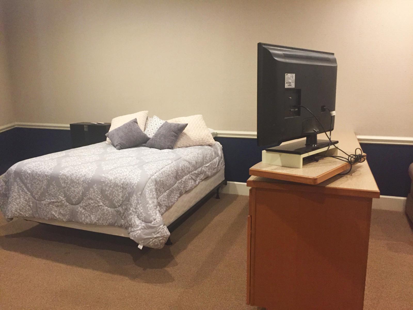 The Garrett Loft - Bed Room